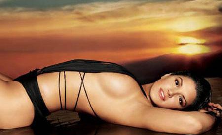 Gina Carano sexy woman.