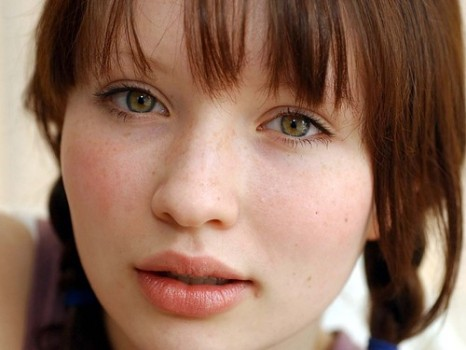 Emily Browning.