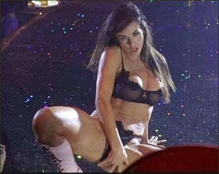 Porno show en el club de mujeres