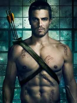 Steven Amell de la serie de tv Arrow.