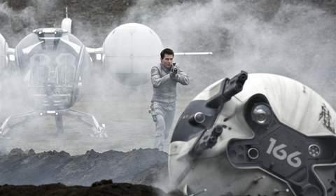 """Imagen de la película """"Oblivion"""", 1."""