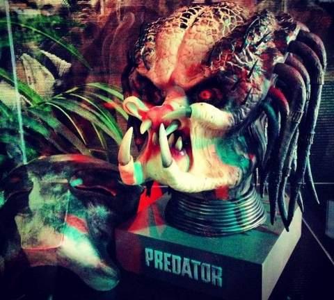 """""""Depredador 3D"""" Edición Coleccionista."""