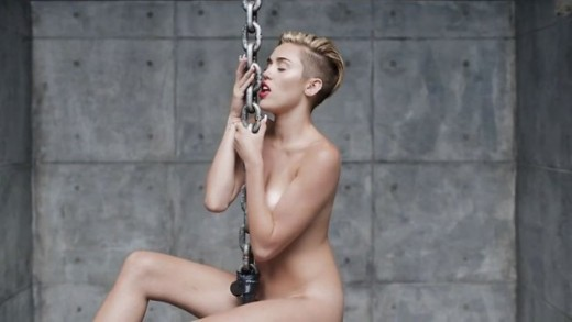 Miley-Cyrus-desnuda