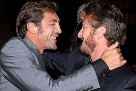 Javier Bardem y Sean Penn en The Last Face