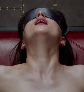 Dakota Johnson en 50 Sombras de Grey