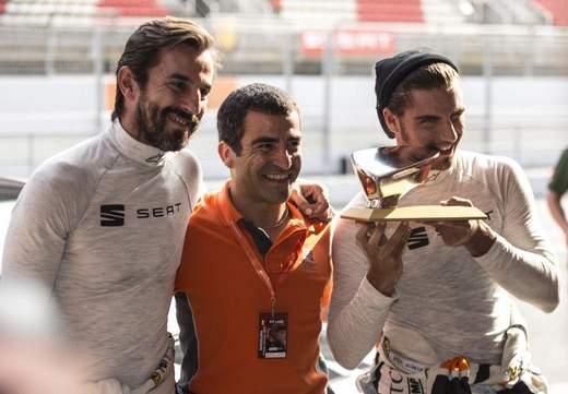 Santi Millán y Maxi Iglesias con Marc Gené