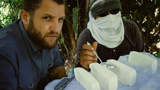 Crítica de Amazonas, al camino de lo cocaína