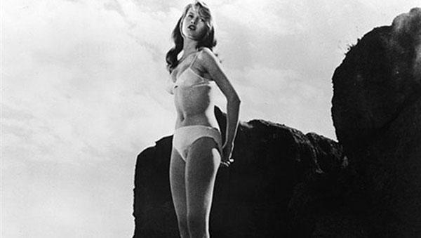 Brigitte-Bardot-en-Y-dios-creó-a-la-mujer
