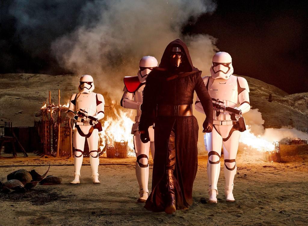 Star-Wars-el-despertar-de-la-fuerza-imagen-cineralia-wegwer324623