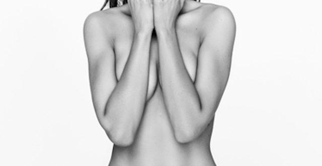 Sylvia Hoeks desnuda