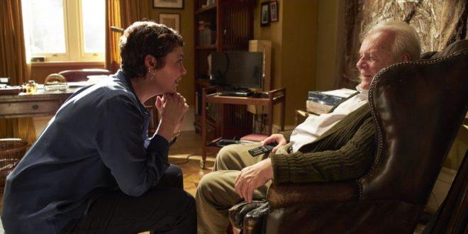 Crítica de El padre. El doble drama del anciano enfermo y su cuidador